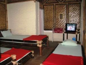 kamar-rumah-bambu