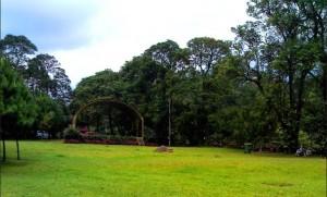 lapangan-taman-wisata-matahari
